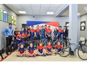 The children and juniors from Novak Cycling Academy received new bicycles from DRAG.