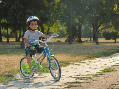 Cum alegi o bicicletă pentru copii